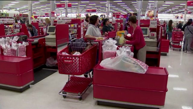 Target officials confirm 40 million credit cards compromised