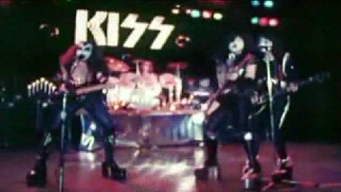 Kiss-WGNTV