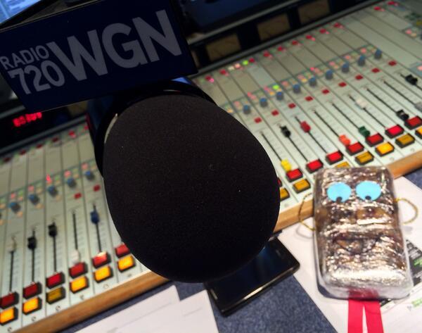 Bg7FKdpCcAElIHMPat A. Cake, the Cochran Show traveling fruitcake