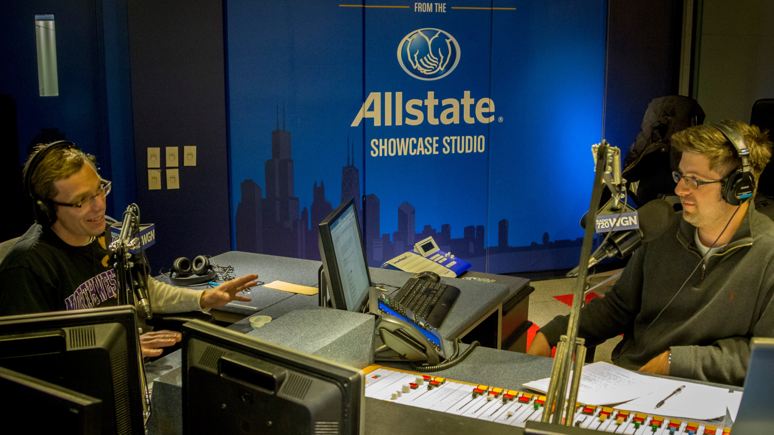 Chicago Reader senior writer Mick Dumke talks local politics with OTL host Mike Stephen.
