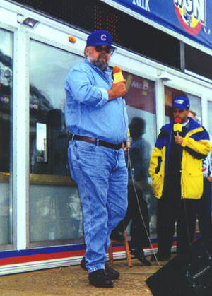 Bob outside Wrigley Field before a Cubs playoff game on October 3, 1998. (Thanks to Cindy Radiger for this photo.)