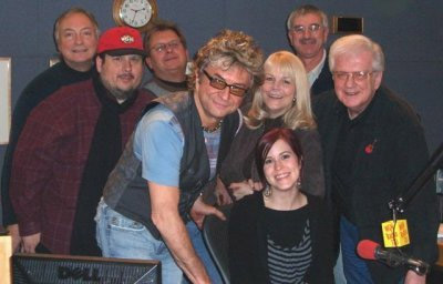 The Ides of March with special guest star Leslie Hunt (formerly of American Idol) join Steve and Johnnie