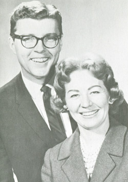 Jakc Taylor and Ruby Anderson as Virginia Girl