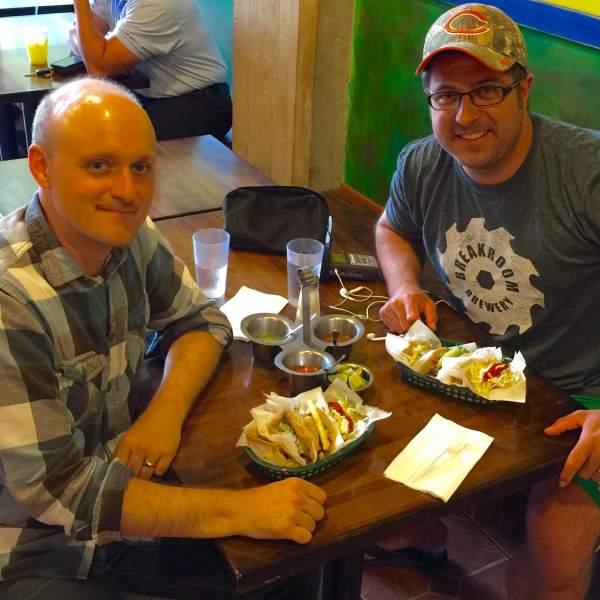 Chicago Tribune writer Nick Kindelsperger and OTL host Mike Stephen talk tacos at La Lagartija Taqueria. #mikelovestacos