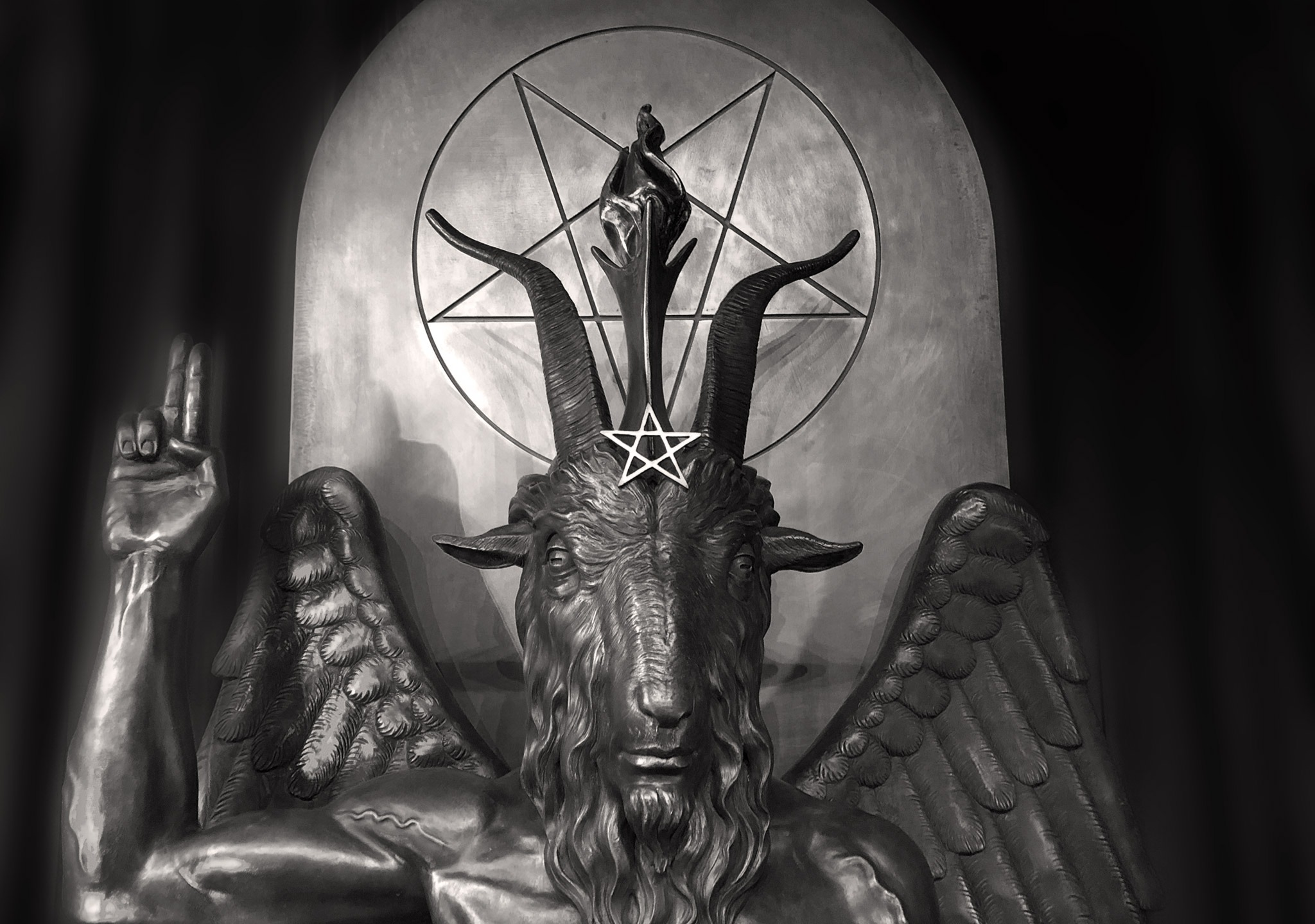 MasonVeraPaine, Mason Paine, MasonVeraPaine.com, Unabridged Millennial, Millennial, WGNRadio.com, MVP.Show, Chicago, Illinois, WGN Radio, Lifestyle, Team MVP, Satanic Temple, Kym LaRoux, Satanism, Religion, Hail Satan, Documentary, Satanist, Satan