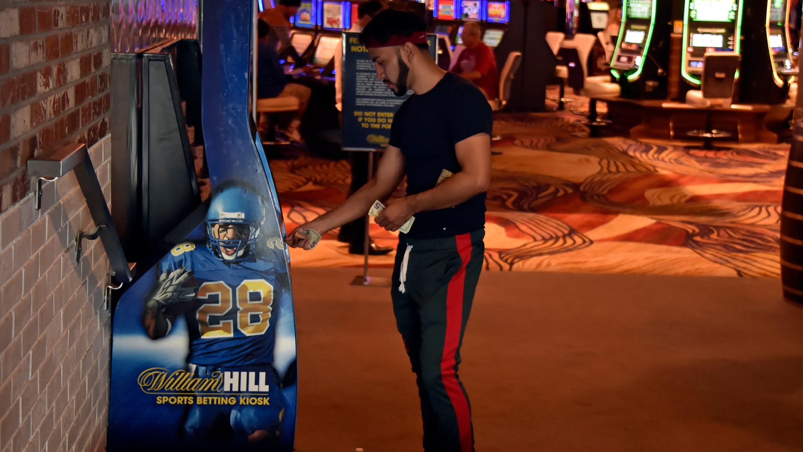 Sls casino sportsbook betting college football betting guide