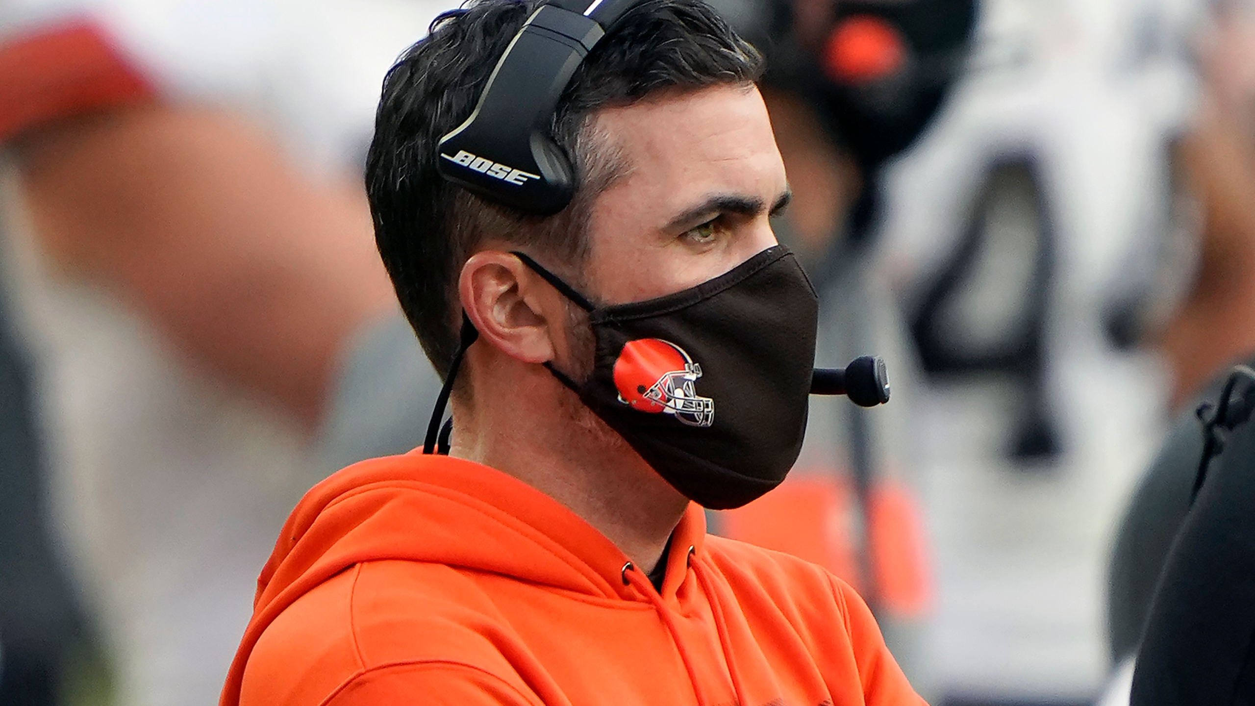 Stefanski out of basement, back with Browns after COVID-19 | WGN Radio 720  - Chicago's Very Own