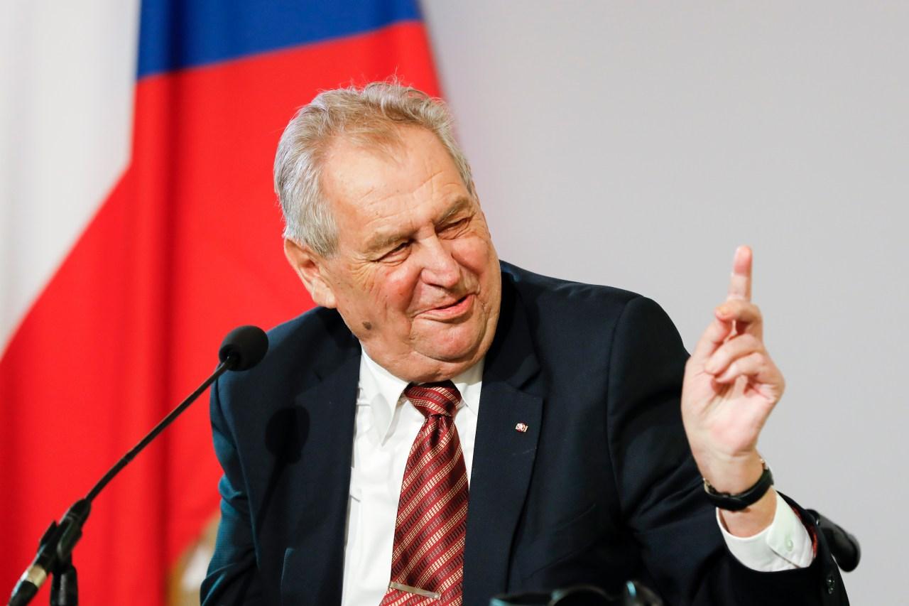 Czech President Miloš Zeman hospitalized his predecessor Klaus | WGN Radio  720 - Illinois News Today